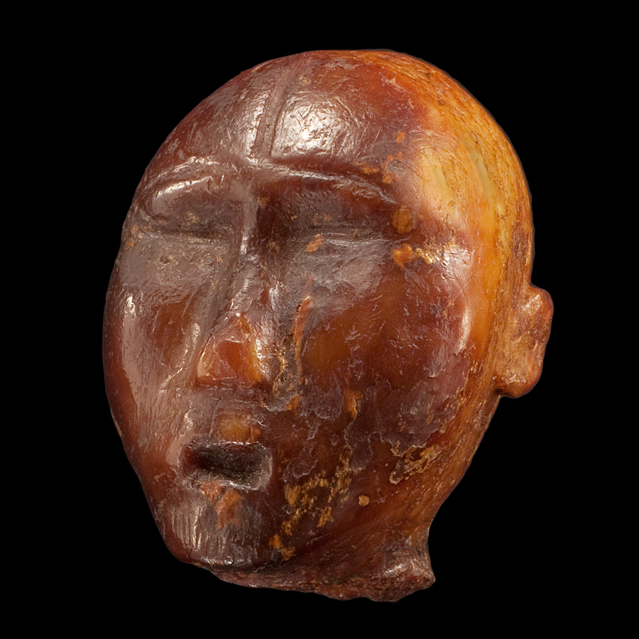 Punuk or Thule Anthropomorphic Doll Head